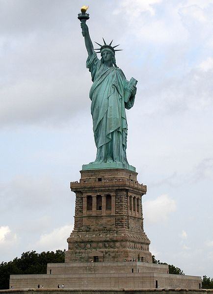 The Statue of Liberty Arrives in the U.S.