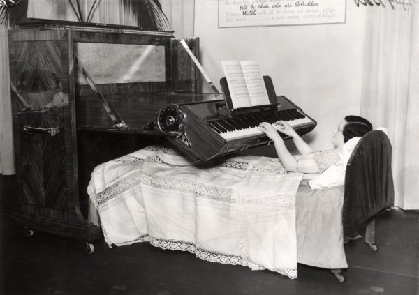 piano_bed