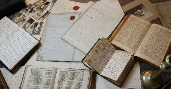 Genealogy Research: Tips to Stay Organized