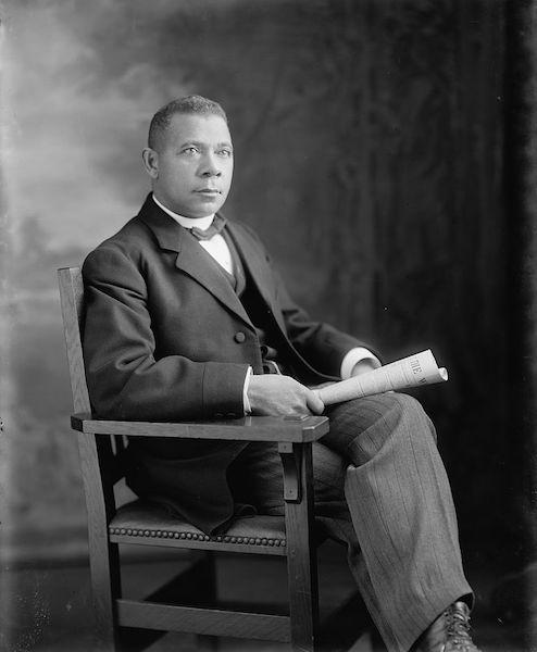 World Teachers' Day: 5 Notable Educators in History   Booker T. Washington